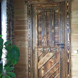 Дверь под старину #37