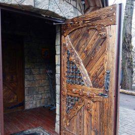 Дверь под старину #32