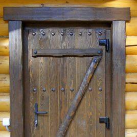 Дверь под старину #51