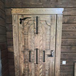 Дверь под старину #47