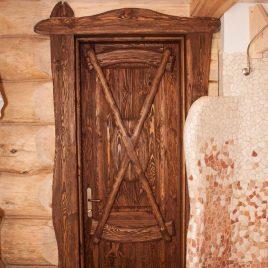 Дверь под старину #44