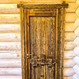 Дверь под старину #55