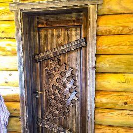 Дверь под старину #56
