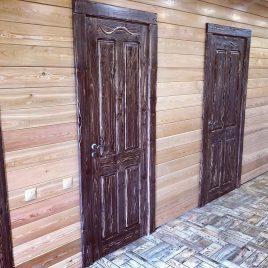 Дверь под старину #58